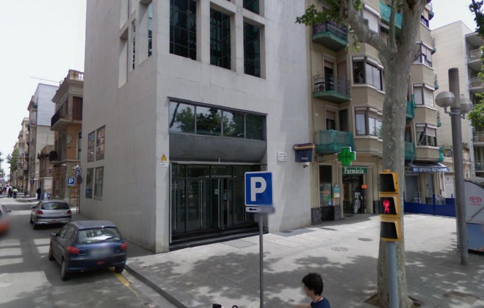 La comissaria de la  Barceloneta, abans de l'inici de les obres